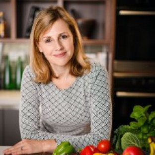 Photo of Joanne Lunn - Featured Speaker at Food Matters Live