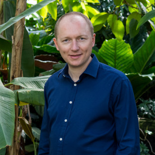 Photo of Simon Frost - Featured Speaker at Food Matters Live